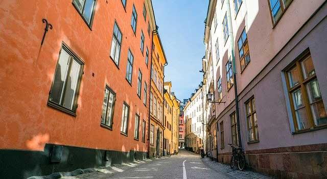 大阪府大東市の北欧住宅建材販売オストコーポレーション関西のスウェーデンハウスとはのスウェーデンの街並み